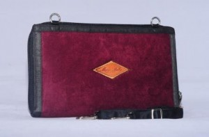 hpo mariebelly maroon fish